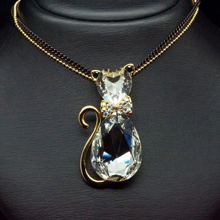 Diamond Sky Pendant Solar Cat II With Swarovski Crystals