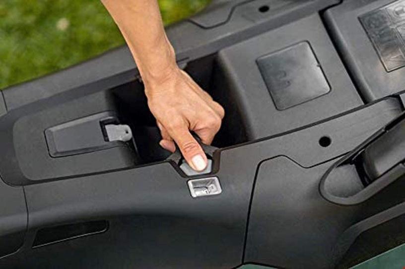 Аккумуляторная газонокосилка Bosch AdvancedRotak 36-750