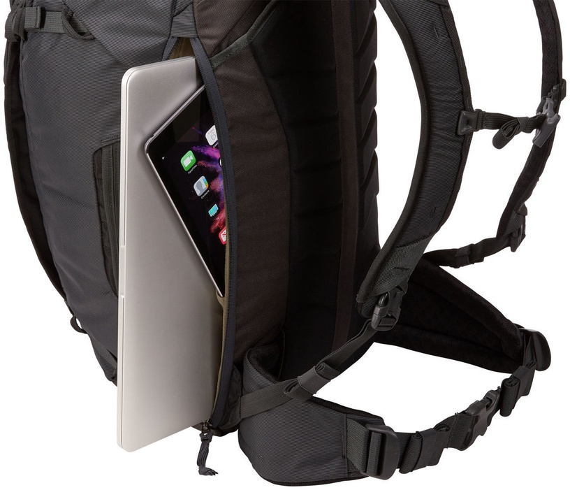 Рюкзак Thule Landmark TLPM-140 Backpack 15'', черный, 15″