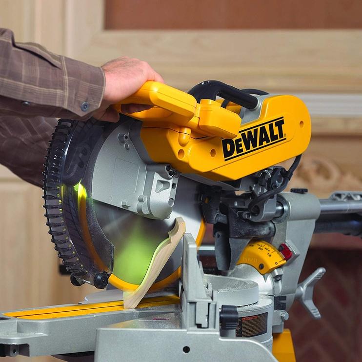 DeWALT DWS780 Circular Saw