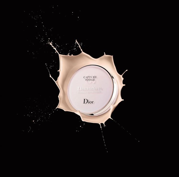 Dior Capture Totale Dreamskin Perfect Skin Cushion SPF50 15ml Refill 10