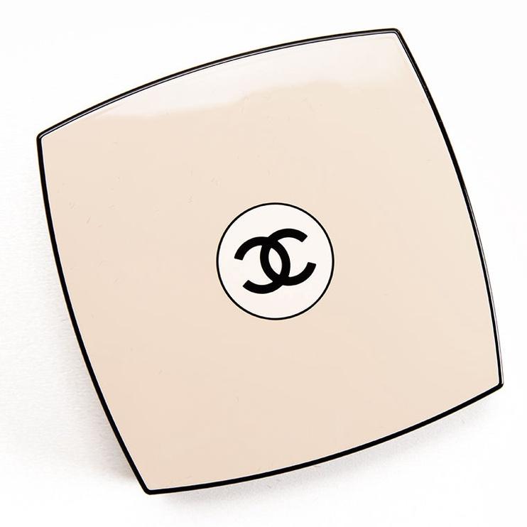 Bronzantas Chanel Les Beiges Healthy Glow Luminous Colour Medium Deep, 12 g