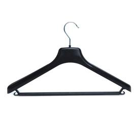 Plastikinė vyriškų drabužių pakaba su skersiniu