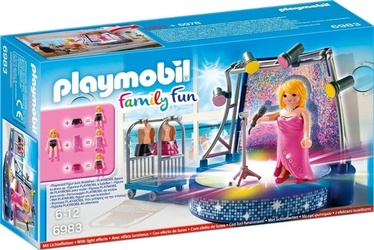 Playmobil Family Fun Singer With Stage 6983