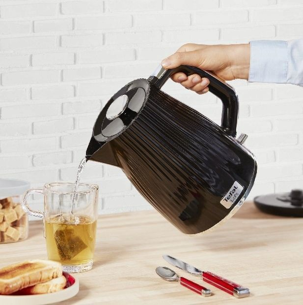 Электрический чайник Tefal Loft KO250830