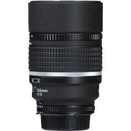 Objektīvs Nikon AF DC-Nikkor 135mm f/2D, 815 g