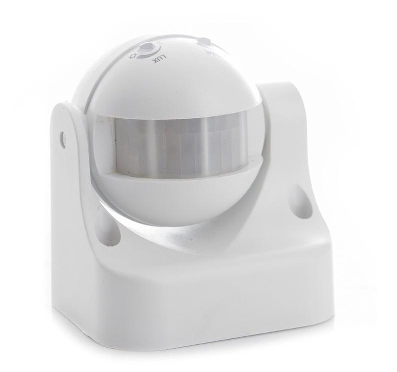 Sensoriga valgusti ST09, 180°, 1200W, IP44 valge