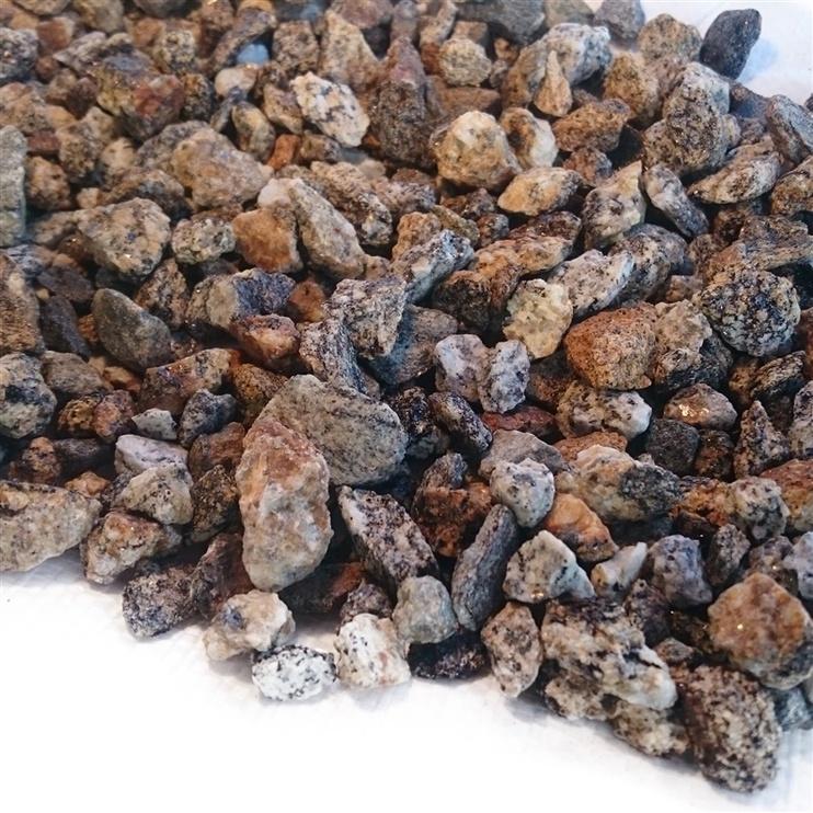 Akmeņi dekoratīvie rudy 8-16mm 20kg