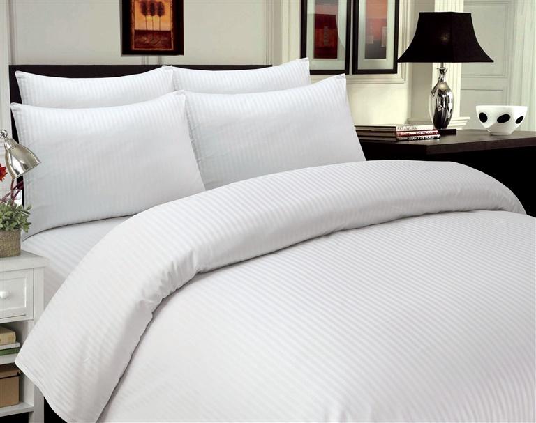 Gultas veļas komplekts Domoletti Stripes White, 140x200 cm/50x70 cm