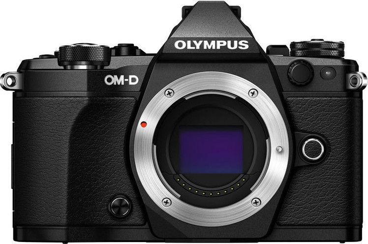 Olympus OM-D E-M5 Mark II + M.Zuiko Digital ED 14-150 mm f/4.0-5.6 II Black