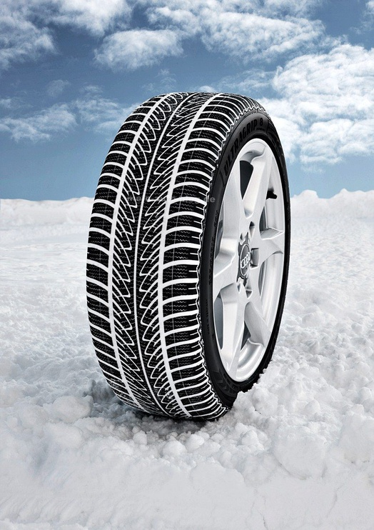 Automobilio padanga Goodyear Ultra Grip 8 Performance 245 45 R18 100V XL