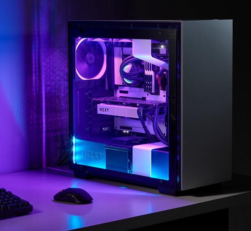 "NZXT HUE 2 RGB Ambient Lighting Kit 21-26"""