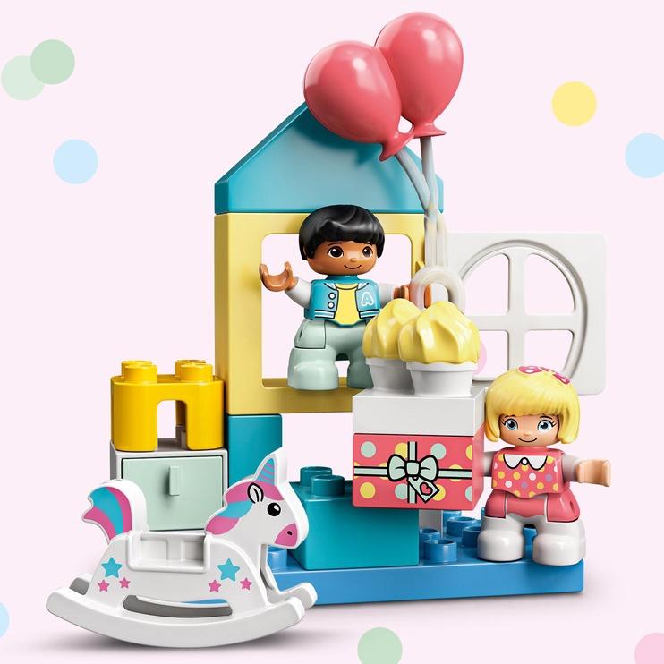 Конструктор LEGO Duplo Игровая комната 10925, 17 шт.