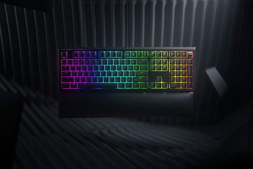 Игровая клавиатура Razer Ornata V2 Razer Hybrid Mecha-Membrane EN, черный