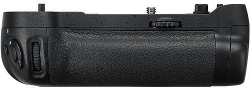 Nikon MB-D17 Multi Power Battery Pack