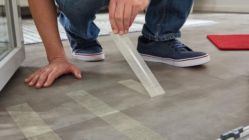 Līmlente Tesa Floorlaying Tape Removable 50mm 10m