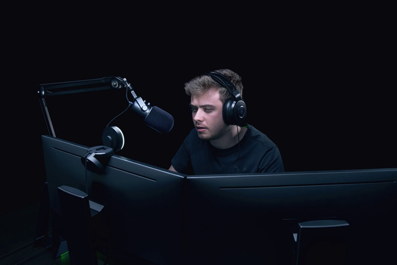 Mikrofon Razer Lauaarvutile