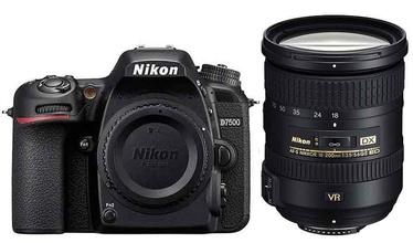Nikon D7500 + AF-S DX 18-200 VR II
