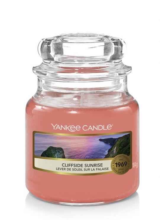 Свеча Yankee Candle Classic Small Jar Cliffside Sunrise 104g