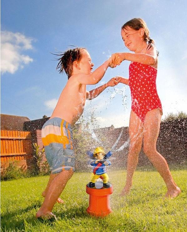 Simba Fireman Sam Garden Sprinkler