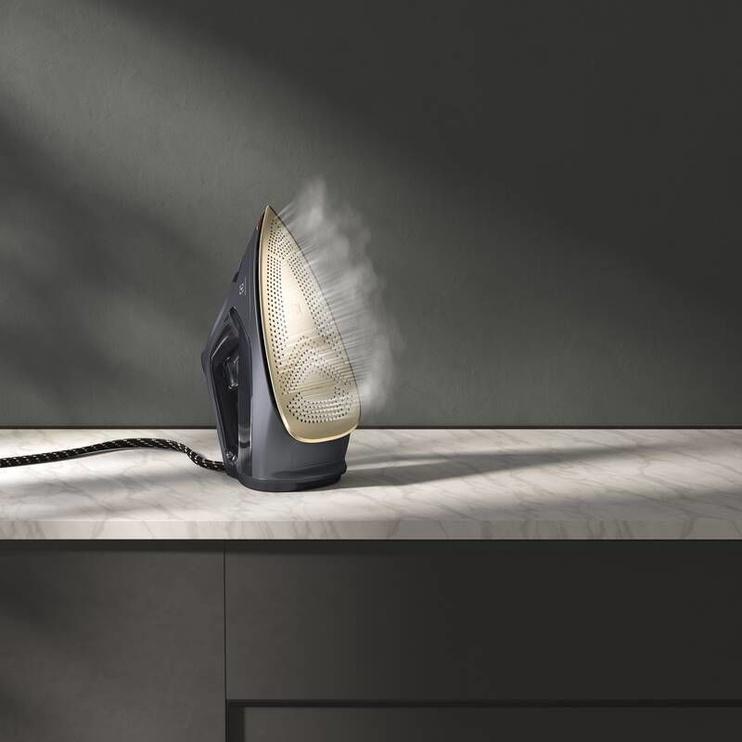 Утюг Electrolux E8SI1-8EGM, серый