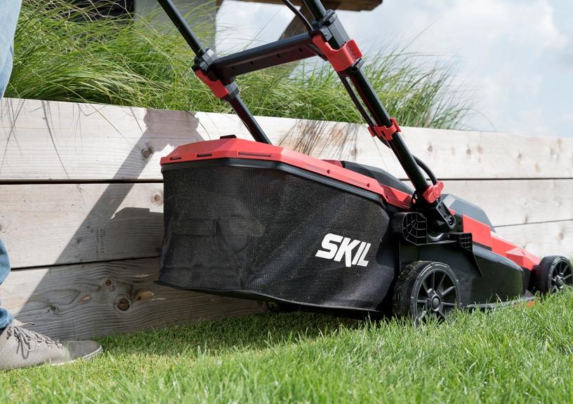 Аккумуляторная газонокосилка Skil GM1E0140BA