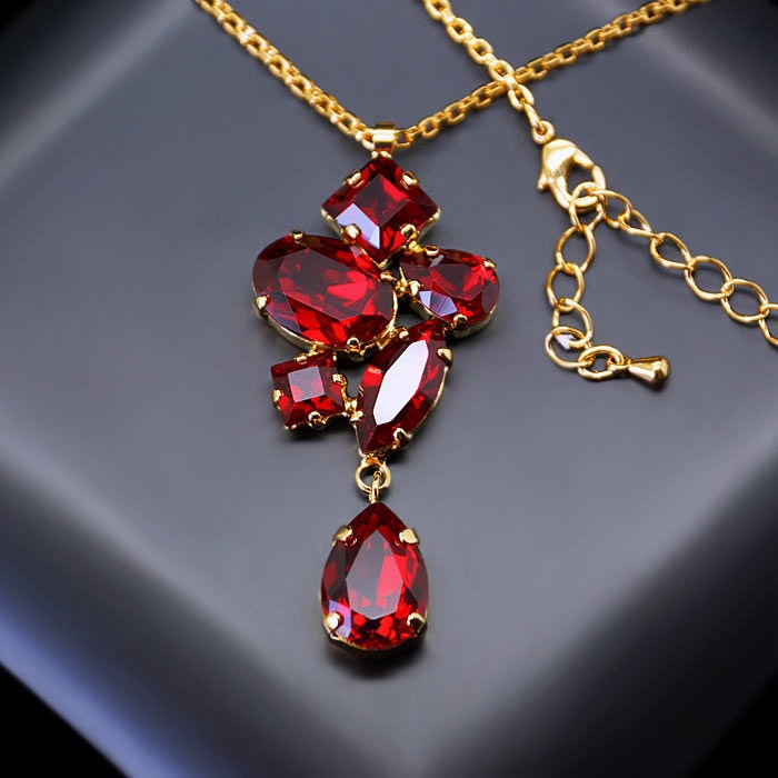 Diamond Sky Pendant Amber III Siam With Swarovski Crystals