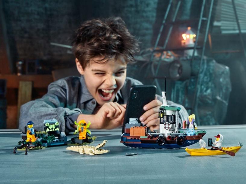 Конструктор LEGO Hidden Side Wrecked Shrimp Boat 70419 70419, 310 шт.