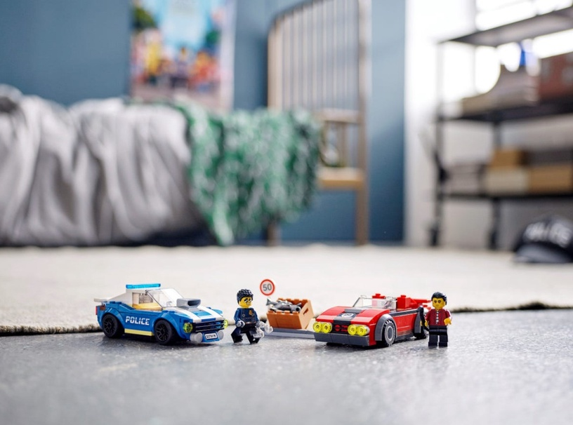 Konstruktorius LEGO® City 60242 Policijos sulaikymas greitkelyje