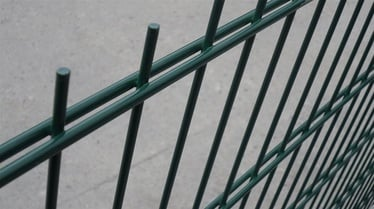 Tvoros segmentas 2500 x 1430 x 6 mm, žalias