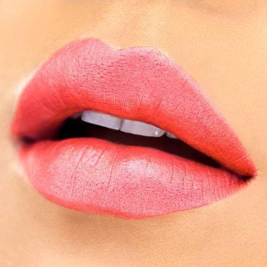 Губная помада Milani Amore Mattallics Lip Creme 03, 5 г