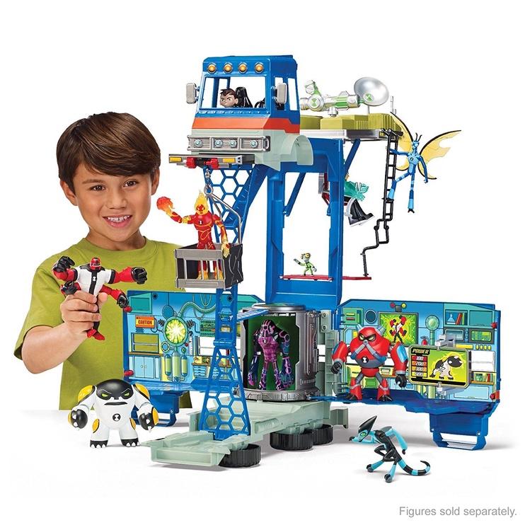 Playmates Toys Ben 10 Rustbucket Transforming Alien Playset