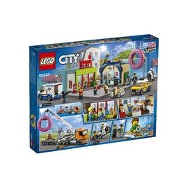 Konstruktorius LEGO® City 60233 Spurgų krautuvėlės atidarymas