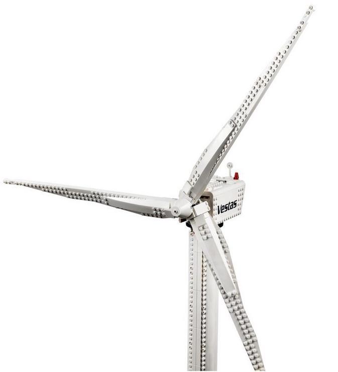 Конструктор LEGO Creator Ветряная турбина Vestas 10268, 826 шт.