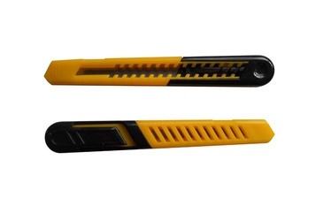 Laužomųjų ašmenų peilis Vagner SDH SX63, 9 mm
