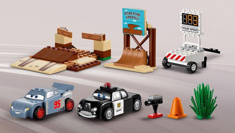 Конструктор LEGO Juniors Willy's Butte Speed Training 10742, 95 шт.