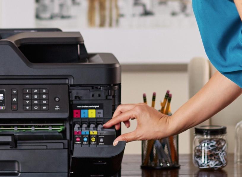 Многофункциональный принтер Brother MFC-J6930DW, струйный, цветной