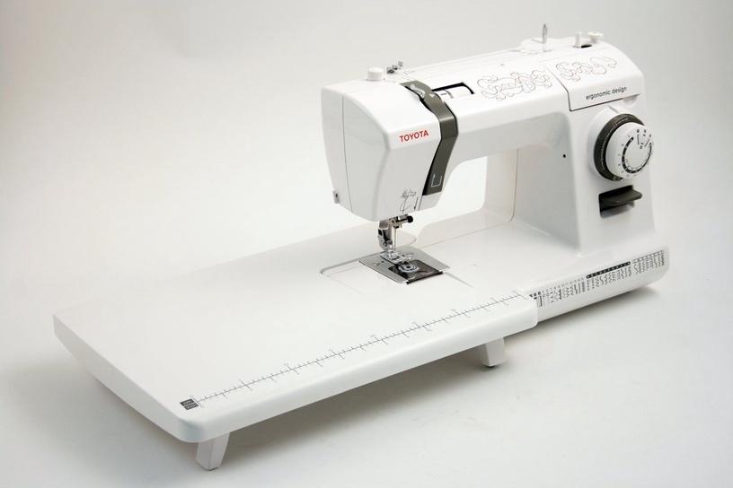 Siuvimo mašina Toyota CEV