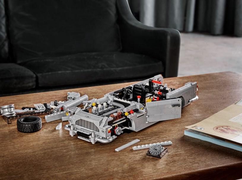 Конструктор LEGO® Creator 10262 James Bond™ Aston Martin DB5